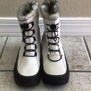 Alpine Design snow boots